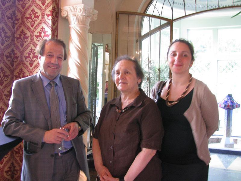 Gani Azemi, Madame Hadri et Teuta